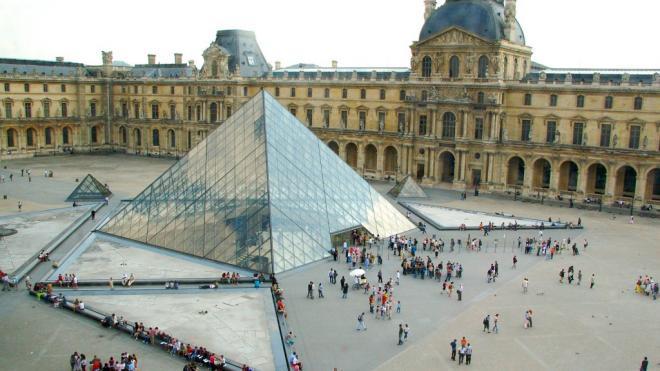 Γαλλία: Στρατιώτης άνοιξε πυρ στο μουσείο του Λούβρου