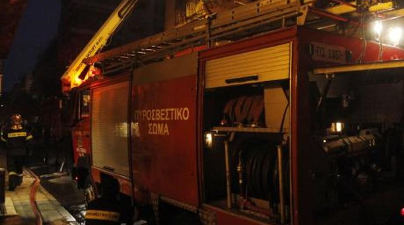Ναύπακτος: Δείτε σε ποιον ανήκει το δώμα που χθες έπιασε φωτιά (ΒΙΝΤΕΟ)