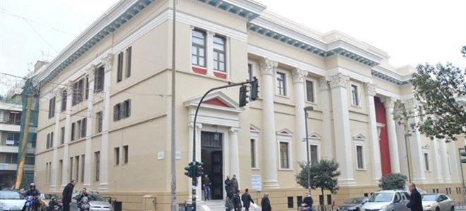 """Πάτρα: Αύριο απολογείται ο """"δικηγόρος"""" για την εξαπάτηση πολιτών"""