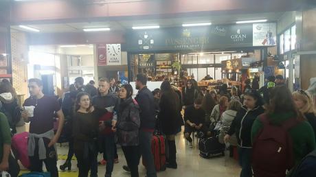 Πάτρα: Χαμός στα ΚΤΕΛ - Αναχωρούν λεωφορεία ανά 5 λεπτά!