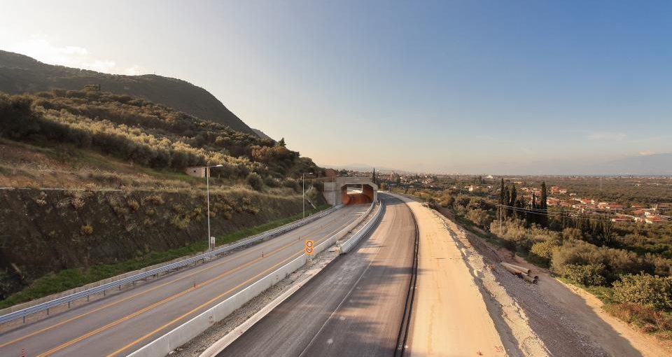 Ολυμπία Οδός: Παραδίδεται το τμήμα μέχρι Ξυλόκαστρο και οι Σήραγγες Παναγοπούλας