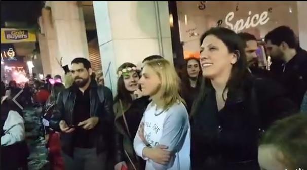 ΔΕΙΤΕ ΒΙΝΤΕΟ: H Ζωή Κωνσταντοπούλου στο Πατρινό Καρναβάλι