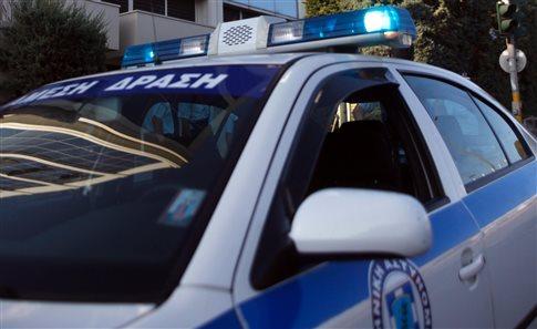 Συνελήφθη άστεγη επειδή έβαλε φωτιά σε κάδο για να ζεσταθεί