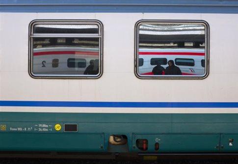 Τραγωδία στην Ιταλία: έφηβος σκοτώθηκε βγάζοντας selfie με τρένο εν κινήσει