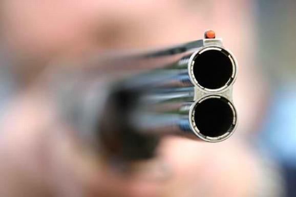 Αχαϊα: Λογομάχησαν και του έβγαλε καραμπίνα