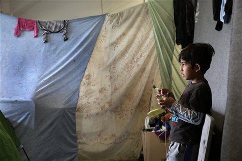 Πάνω από 260 αφίξεις προσφύγων στα νησιά του Αιγαίου σε μία εβδομάδα