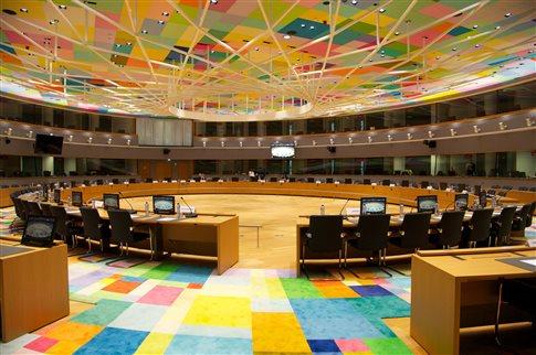 Το EuroWorking Group εξετάζει την πρόοδο των διαπραγματεύσεων