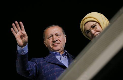 Τι σημαίνει για την Τουρκία του Ερντογάν το οριακό αποτέλεσμα