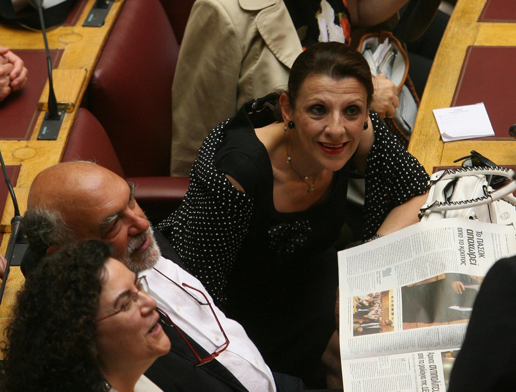 Κανελλοπούλου κατά Τσίπρα για τη συμφωνία-Ζητάει εκλογές