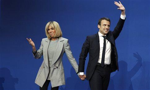 Μακρόν και Λεπέν διεκδικούν την προεδρία της Γαλλικής Δημοκρατίας