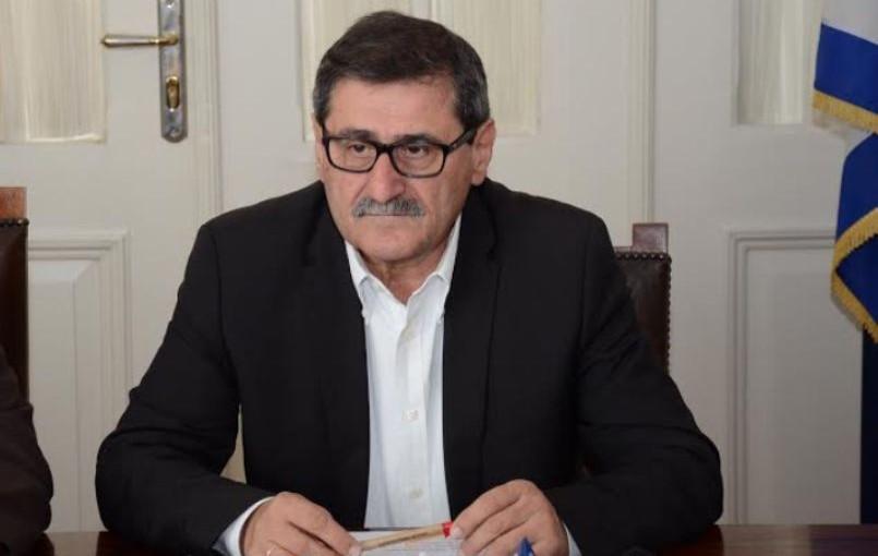 Πάτρα: Ο Κώστας Πελετίδης στην περιφορά των Επιταφίων