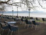 Το Λιμενικό Ταμείο Ναυπάκτου για τις ομπρέλες των παραλιακών καταστημάτων