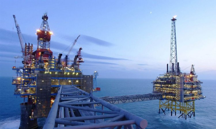 Συμφωνία με τον αμερικάνικο κολοσσό ExxonMobil για τους υδρογονάνθρακες στο Ιόνιο
