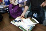 Υπουργείο Παιδείας: Φέρτε πίσω τα βιβλία - Και στην Αχαΐα το πρόγραμμα ανακύκλωσης χαρτιού σε σχολεία