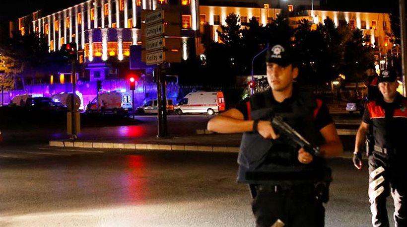 Τουρκικός στρατός: Έχουμε καταλάβει την εξουσία στη χώρα