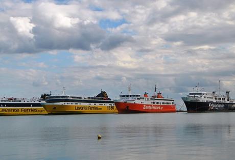 Απρόσμενη απώλεια 43χρονου αξιωματικού πλοίου της γραμμής Κυλλήνης – Ζακύνθου – Βγήκε βόλτα και πέθανε