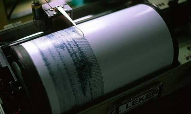 ΑΧΑΪΑ - ΕΚΤΑΚΤΟ: Σεισμός στο Αίγιο 3.9 Ρίχτερ