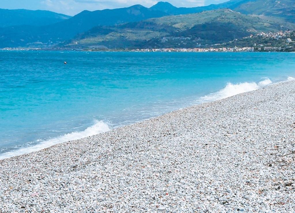 Οι μετρήσεις του ΠΑΚΟΕ στις θάλασσες της Πάτρας και της Αιγιάλειας - Τα κατάλληλα και ακατάλληλα νερά