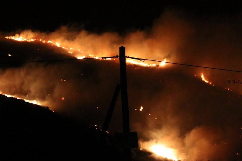 Πύρηνος εφιάλτης στην Κεφαλλονιά - Κινδύνευσαν τα χωριά Σιμωτάτα και Λουρδάτα