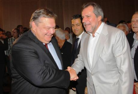 Ο Χρήστος Παπουτσής μπλοκάρει δάνειο της Παγκόσμιας Τράπεζας στην Ελλάδα για τη δημιουργία χιλιάδων θέσεων εργασίας