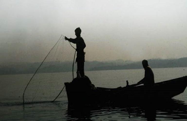 Πάτρα: Οριστική παύση των αλιευτικών δραστηριοτήτων