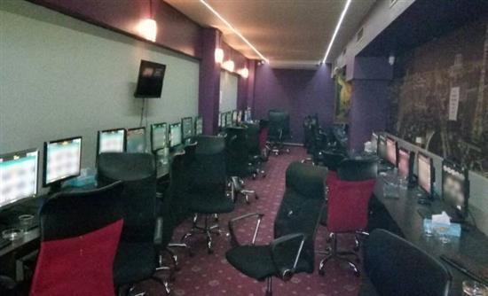 Ένα από τα μεγαλύτερα «μίνι καζίνο» εντόπισε η ΕΛΑΣ
